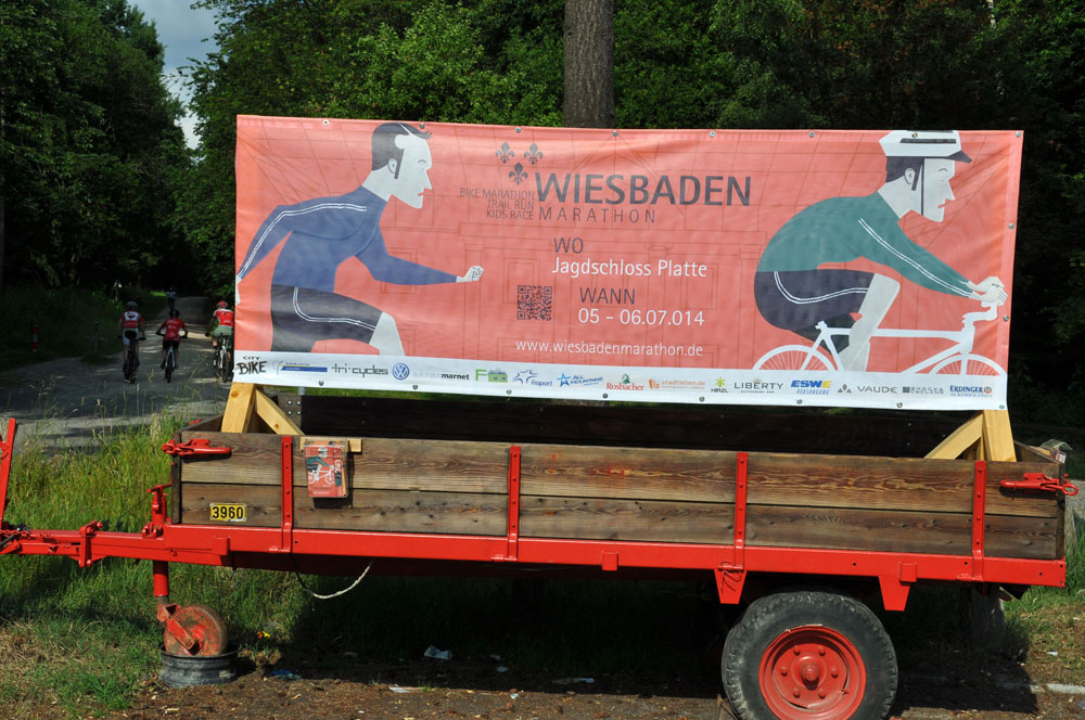 oberb rgermeister sven gerich testet die strecke des wiesbaden bike marathon 2014. Black Bedroom Furniture Sets. Home Design Ideas